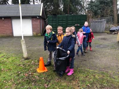 Bevers-afval-verzamelen-scouting-almelo-hjbllanos