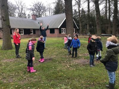 Samen-buitenspelen-bevers-hjbllanos-scouting-almelo