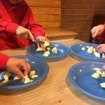Bevers leren appelmoes maken