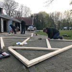 Plaggenhut bouwen voor Historisch Festival